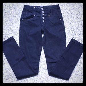 Denim - High waisted dark blue jeans